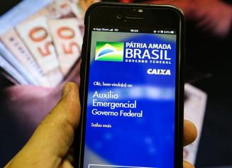 Saque do auxílio emergencial (Foto: Marcello Casal / Agência Brasil)